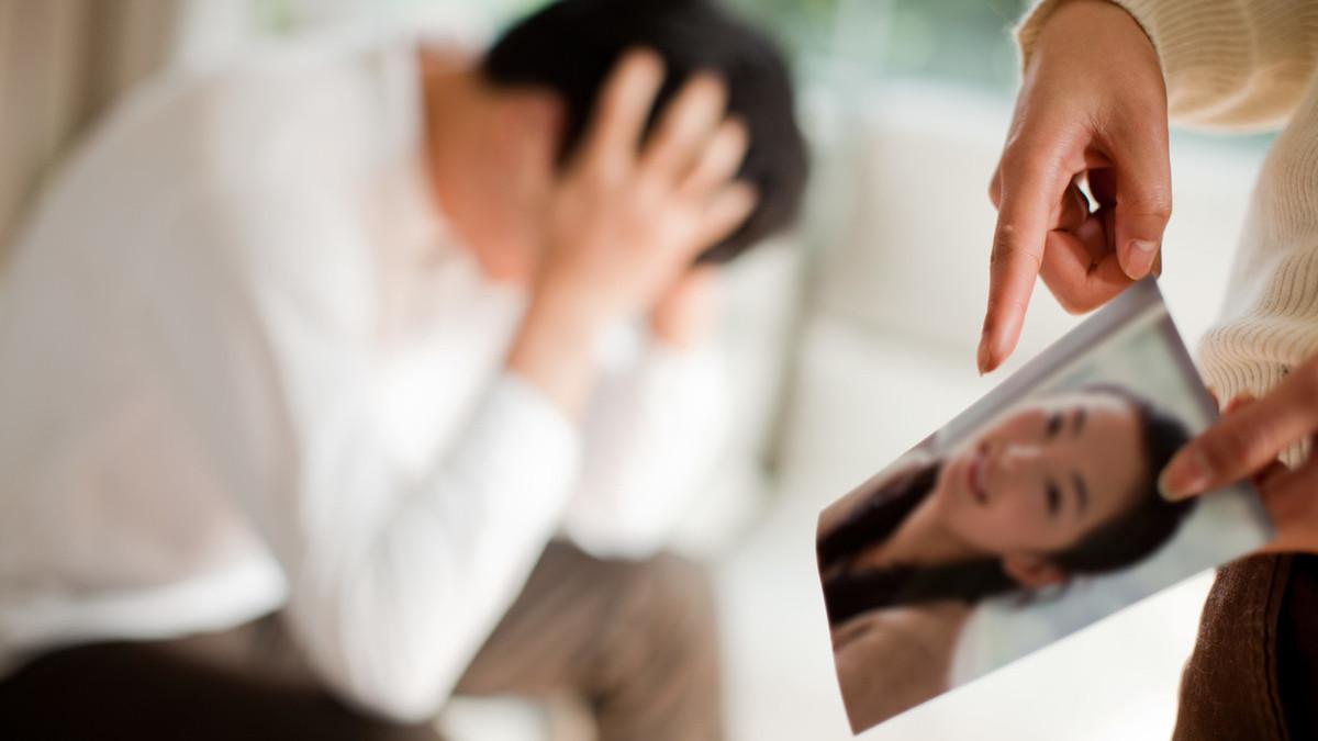 我的丈夫外遇想离婚,我的妻子应该如何康复?